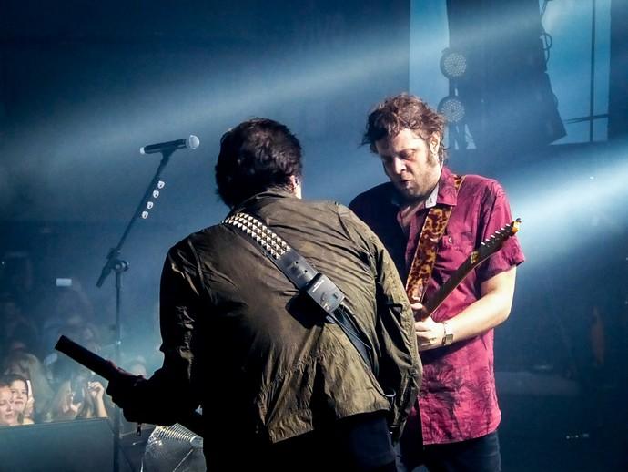 Paulo Ricardo tocando junto com o guitarrista Ícaro Scagliuse  (Foto: Juliana Hippertt/Gshow)
