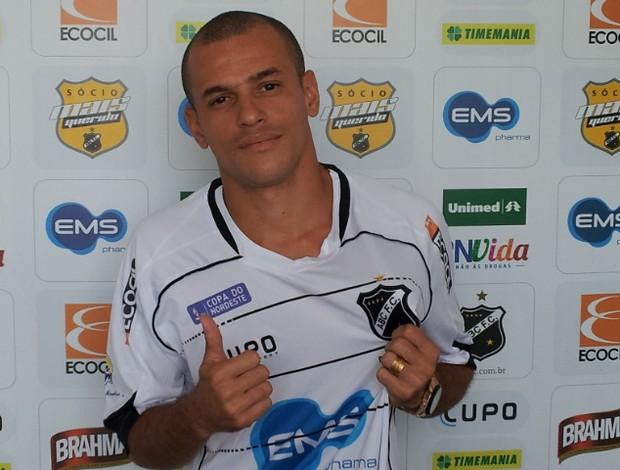 Thiaguinho, ex-Sport e América-RN, é o novo reforço do ABC (Foto: Divulgação/ABC)