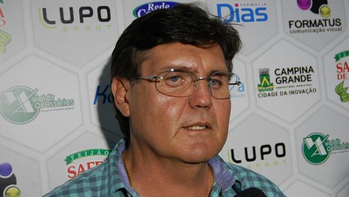 Ivandro Filho, diretor de futebol do Treze (Foto: Silas Batista / GloboEsporte.com)