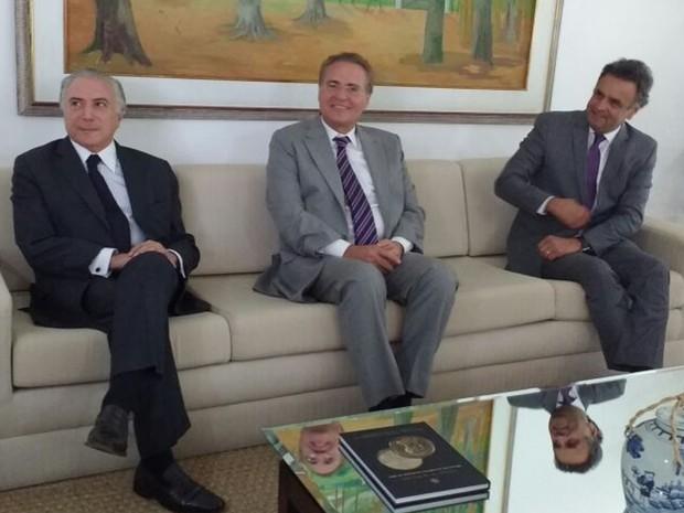 Renan, Temer e Aécio conversaram na residência oficial do Senado (Foto: Beatriz Pataro/G1)