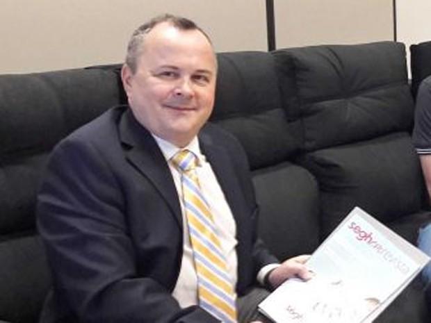 Ricardo Fabris de Abreu (PRB) iria ficar em prefeitura até dia 31 de março 00e0ab1a63def