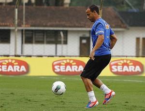 Léo treino Santos (Foto: Ricardo Saibun / Divulgação Santos FC )