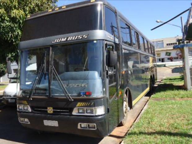 Ônibus da Polícia Federal disponível para leilão em Brasília nesta quinta-feira (2) (Foto: Polícia Federal/Divulgação)
