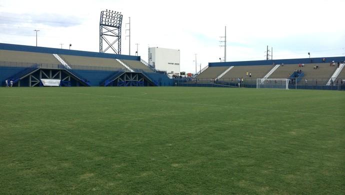 Estádio da Colina Manaus (Foto: Isabella Pina)