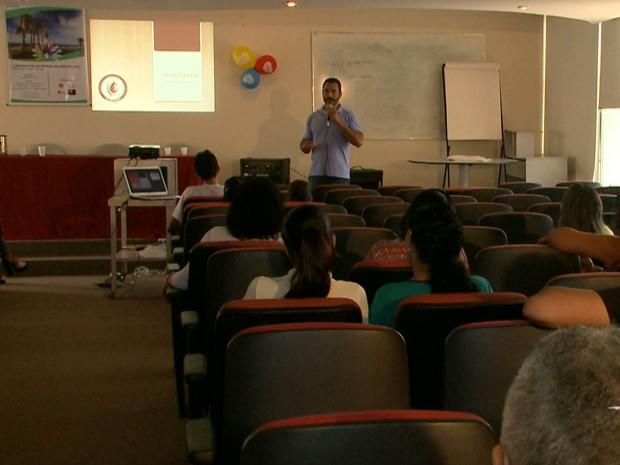 Primeiro seminário sobre doenças raras foi realizado no Hemomar de São Luís  (Foto: Reprodução/TV Mirante)