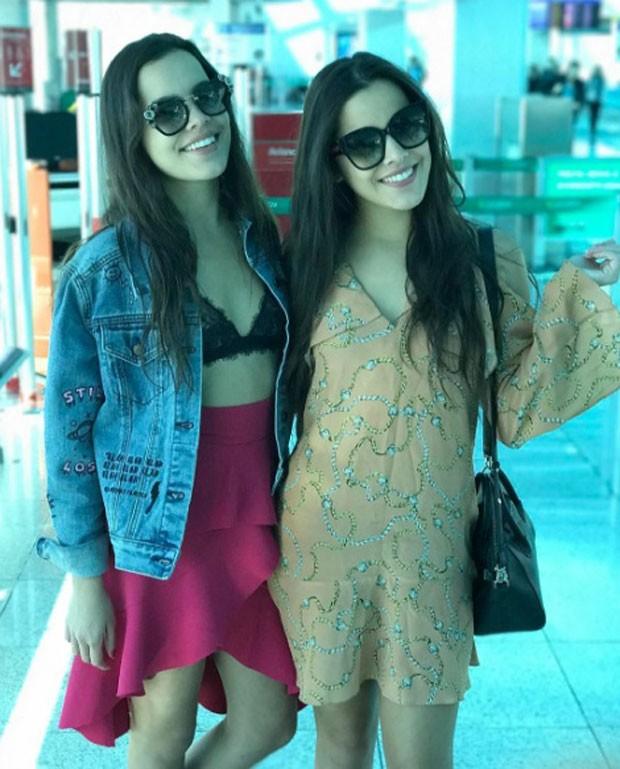 Mayla e Emilly: looks distintos (Foto: Reprodução Instagram)