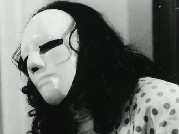 Breno Moroni na pele do personagem Adonay em