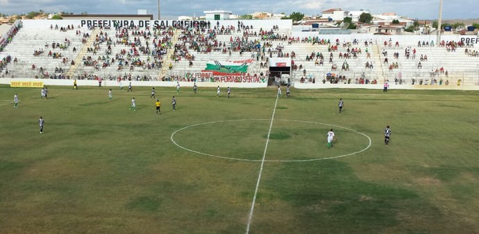 Salgueiro e Central empataram sem gols  (Foto: Luana Bernardes/ TV Grande Rio)