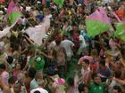 'Sou pequena para compreender tanto', diz Bethânia na Mangueira