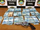 Ex-prefeito é flagrado com arma e R$ 112,7 mil em casa, diz polícia em MS