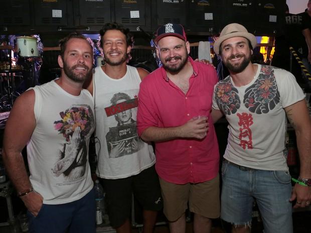 Leo Marçal, Nando Rodrigues, Guilherme Barros e Danillo Sacramento em festa na Zona Sul do Rio (Foto: Reginaldo Teixeira/ Divulgação)