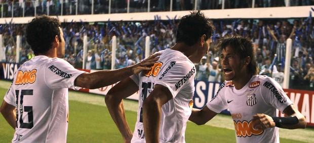 Ganso Neymar gol Santos (Foto: Reuters)