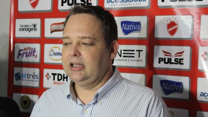 Gutemberg Veronez - presidente Vila Nova (Foto: Fernando Vasconcelos / Globoesporte.com)