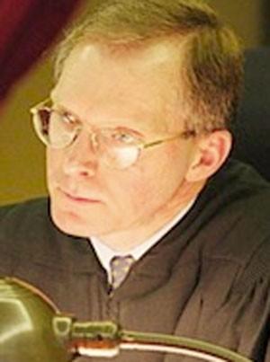 Fred Thomas foi acusado de agredir com o pênis a ex-mulher. (Foto: Reprodução)
