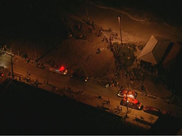Avião cai em Goiana, PE (Foto: Reprodução / TV Globo)