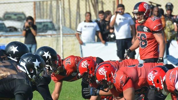 flamengo x botafogo futebol americano (Foto: Reprodução/Facebook)
