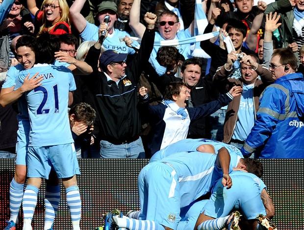ec11bc53a43 Manchester City faz leilão beneficente da rede do gol do título ...