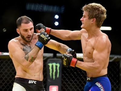 Sage Northcutt x Enrique Marin UFC 200 (Foto: Getty Images)