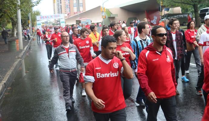 Torcedores no Caminho do Gol antes do clássico Gre-Nal (Foto: Eduardo Moura/GloboEsporte.com)