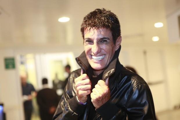 Amin Khader de peruca (Foto: Isac Luz/EGO)