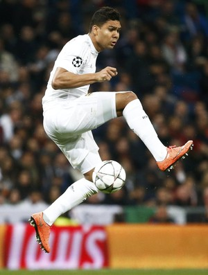 Casemiro Real Madrid x Roma (Foto: Reuters)