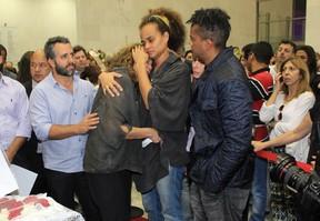 Família no velório de Jair Rodrigues (Foto: Celso Tavares / Ego)