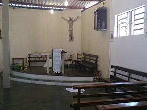 Capela São Francisco de Assis é invadida em Mogi das Cruzes (Foto: Sérgio Kimio Suzuki / Arquivo Pessoal)