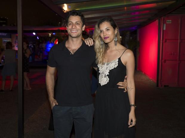 Rainer Cadete e a namorada, Taianne Raveli, em festa no Rio (Foto: Felipe Panfili/ Divulgação)