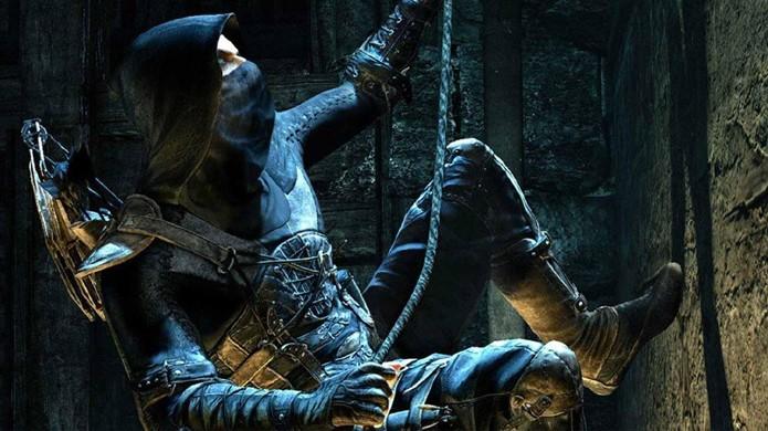 Cordas, canos e outros elementos que sirvam para locomoção possuem um leve brilho azul (Foto: games.yahoo.com)