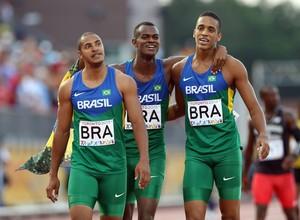 Gustavo Dos Santos, Vitor Hugo Dos Santos e  Aldemir Da Silva Junior 4x100m Brasil atletismo pan-americano 2015 (Foto: Vaughn Ridley/Getty Images))