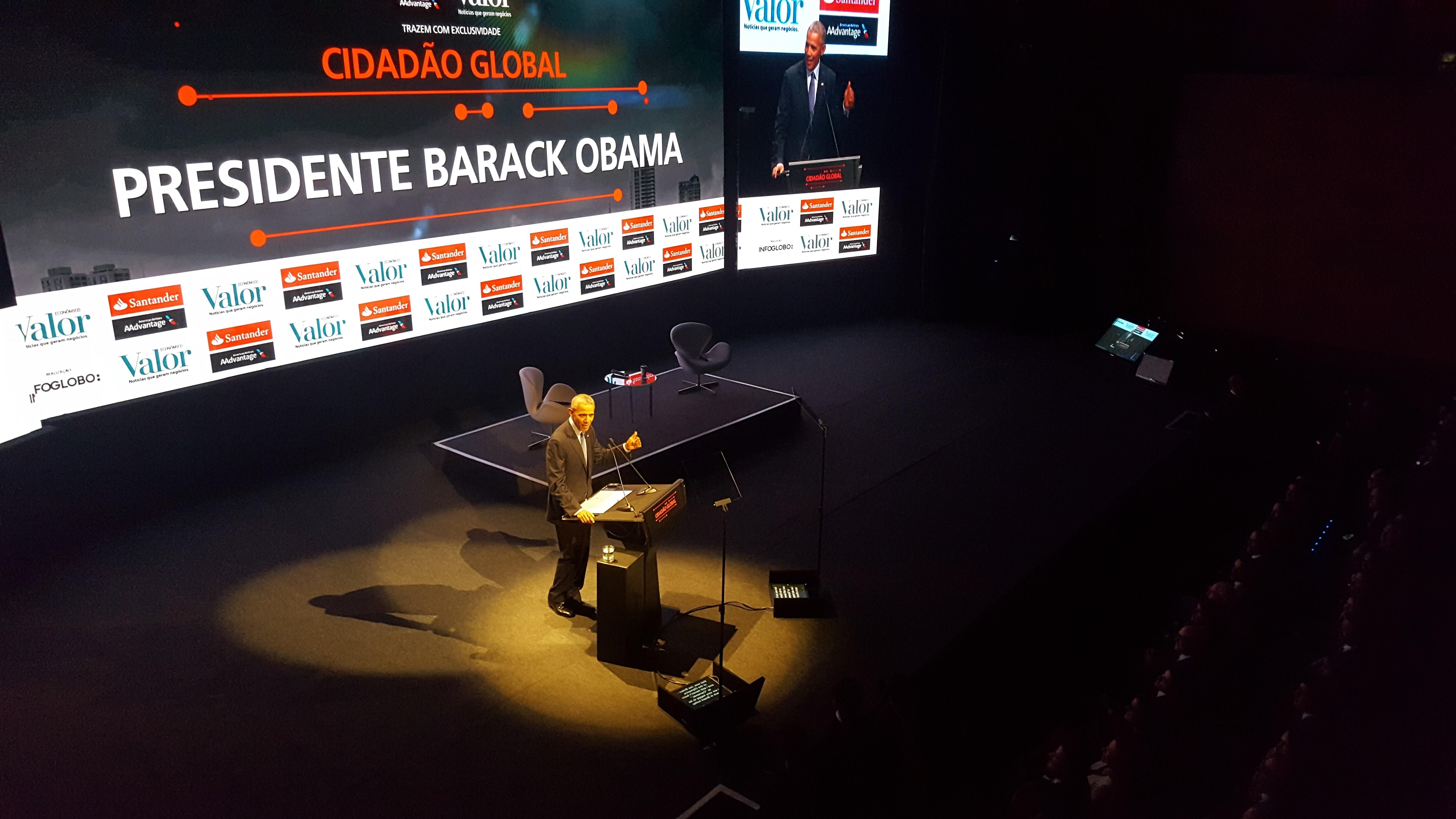 Barack Obama em discurso no Brasil (Foto: Dubes Sônego)