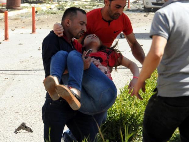 Explosão faz vários feridos na cidade turca de Van