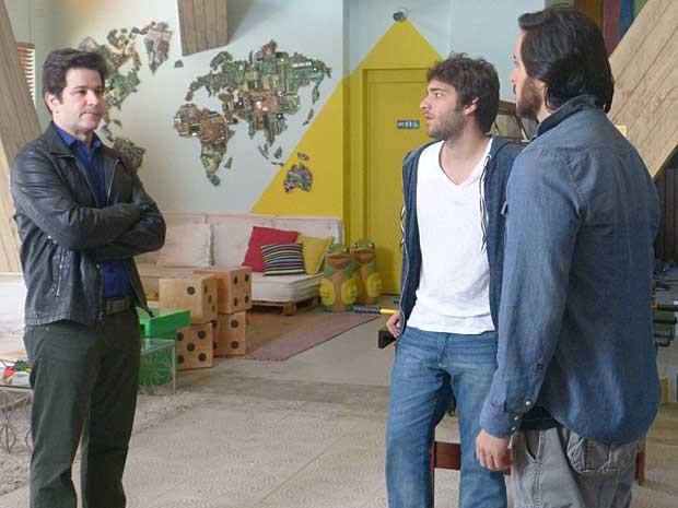 Duelo de titãs! Jonas vai procurar Davi e fica cara a cara com Herval (Foto: Geração Brasil/TV Globo)