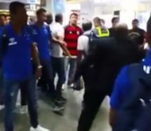 Confusão torcida do Fla e Cruzeiro reprodução (Foto: Reprodução)