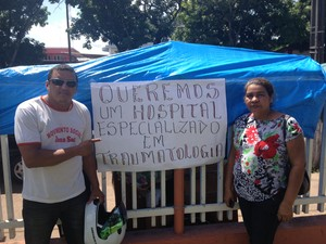 Pacientes e líderes comunitários pedem hospital de traumatologia em Macapá (Foto: John Pacheco/G1)