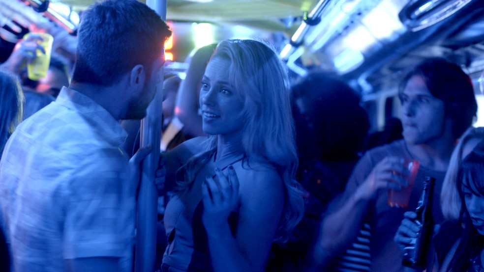 Zeca quer que Jeiza trabalhe com ele no Balada Jeiza (Foto: TV Globo)
