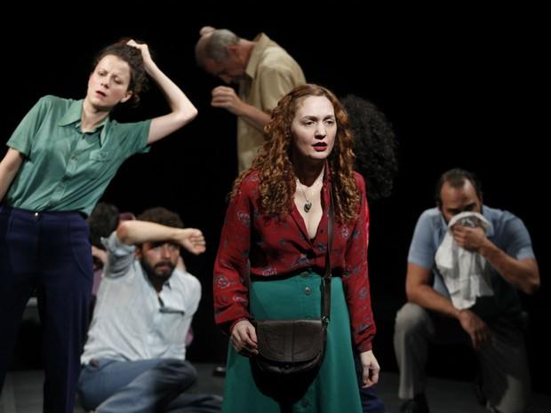 Espetáculo 'O Pão e a Pedra' estreia no Teatro Vila Velha, em Salvador (Foto: Lenise Pinheiro/ Divulgação)