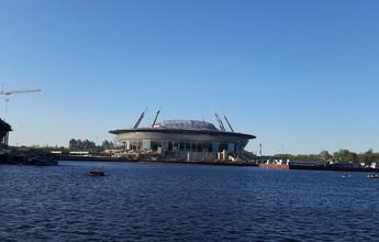 A nova nave espacial russa: estádio da Copa toma forma em São Petersburgo