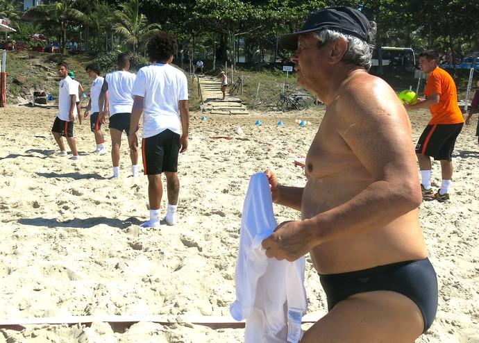 Mircea Lucescu treino Shakthar Praia (Foto: Jorge Natan)