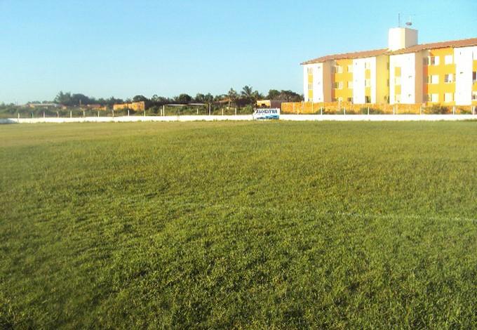 Solo do campo do CT do Sampaio seria muito duro e causador de lesões (Foto: Afonso Diniz/GloboEsporte.com)