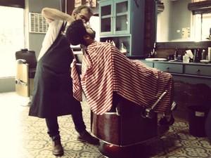 Dono da barbearia celebrou lucro dois meses após abrir o negócio (Foto: Reprodução/Facebook Barba Ruiva)