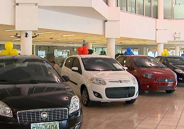 Setor de automóveis nacionais em Ribeirão Preto teve alta de quase 30% em março (Foto: Reprodução EPTV)