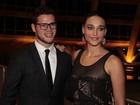 Loreto faz mistério sobre casório: 'Ainda não escolhemos a data'