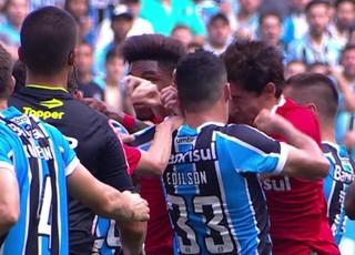 Briga Edílson Rodrigo Dourado Gre-Nal (Foto: Reprodução)