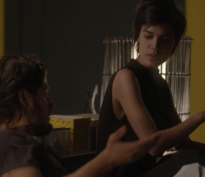 Rafael e Leila ficam cada vez mais próximos (Foto: TV Globo)
