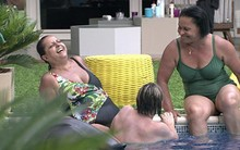 Susi dá ideia e mães aceitam simular briga (Big Brother Brasil/TV Globo)