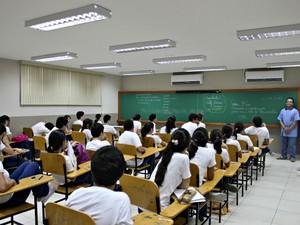 EAD exige que 20% do curso seja presencial (Foto: Arquivo/ABr)