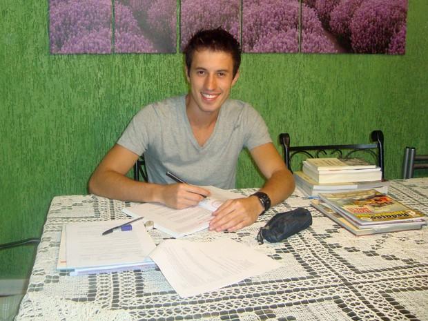 Bruno Barbosa estudou durante 3 anos para conseguir aprovação  (Foto: Arquivo pessoal)