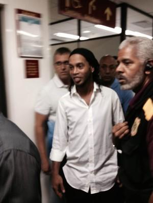 Fla e Ronaldinho Ga�cho cessam debate por acordo, e nova audi�ncia � nesta sexta