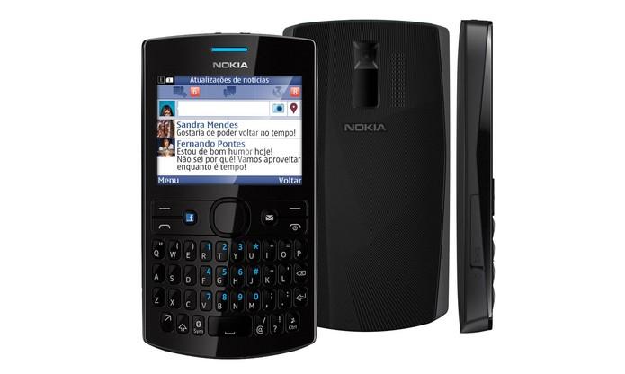 Nokia Asha 205 tem acesso à redes sociais e mensageiros (Foto: Divulgação/Nokia)
